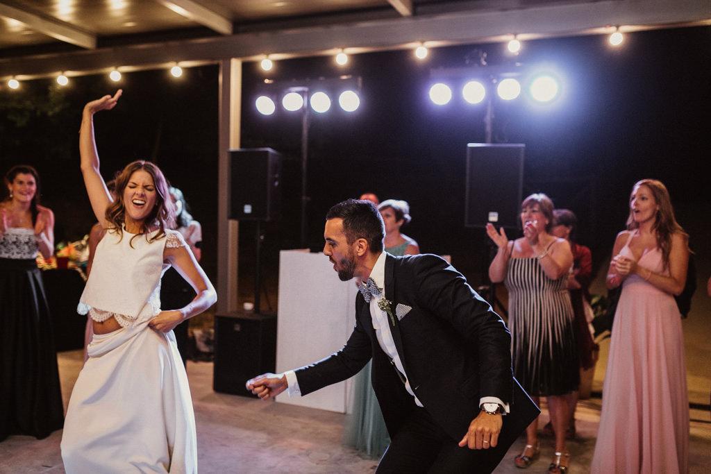 Reportatge casament al bosc Barcelona | Casament emotiu a la Masia El Munt, Barcelona | Juanjo Vega, Fotògraf de casaments al bosc a Barcelona d'estil boho, a l'aire lliure i en plena naturaleza.