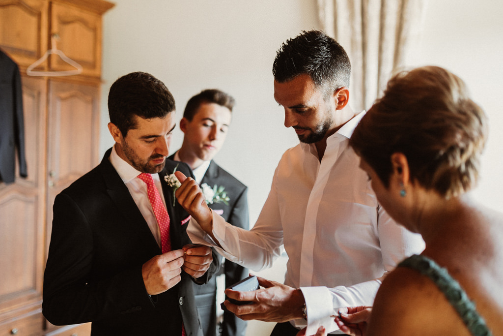 Wedding suit wedding in Barcelona | Destination wedding photographer | Juanjo Vega, photographer in a country house weddings Barcelona (Spain).