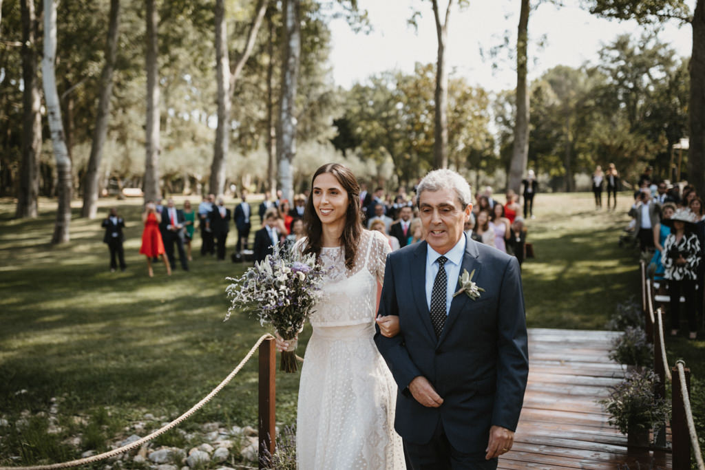 Reportatge d'un casament diferent a Girona, a La Farinera de Sant Lluís | Juanjo Vega, Fotògraf de casaments diferents a Girona, Tarragona, Barcelona i Costa Brava