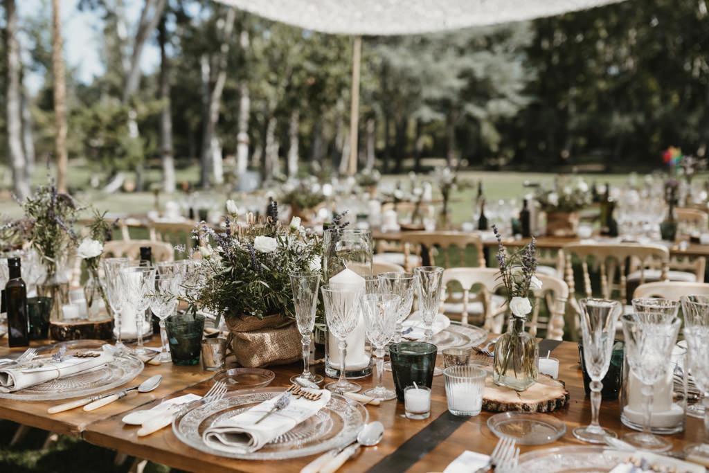 Sibaris Catering for a different wedding in Girona, at La Farinera Venue | Juanjo Vega, destination photographer of different weddings in Girona, Tarragona & Barcelona