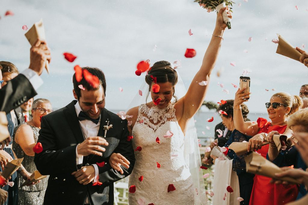 casament tamarit, casament castell de tamarit, boda castell tamarit en altafulla, , fotograf de casaments a barcelona i costa brava, juanjo vega fotograf de boda a barcelona i girona, un casament natural i bonic al castell de tamariu, a la platja, celebrat a l'aire lliure amb familia i amics. un casament d'estil mediterrani del fotograf de casament juanjo vega