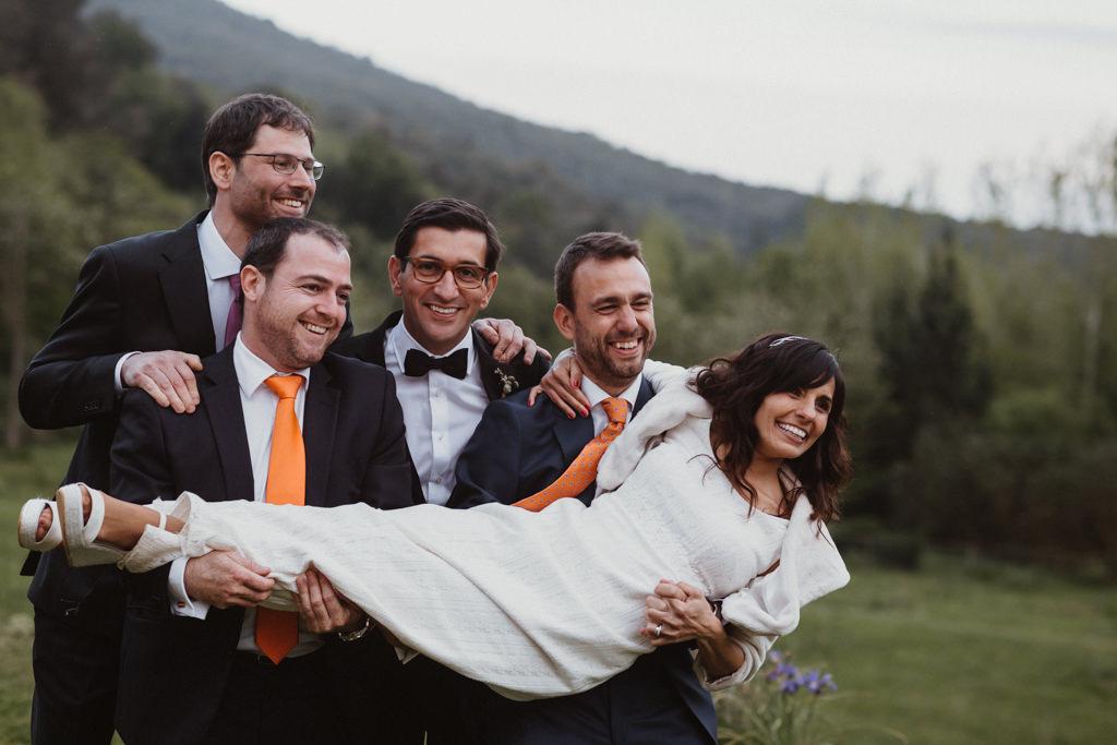 Sabates de nuvia d'Eduard Castillo per a un casament a Can Riera de la Pineda, Barcelona | Juanjo Vega, Fotògraf casaments delicats a Barcelona