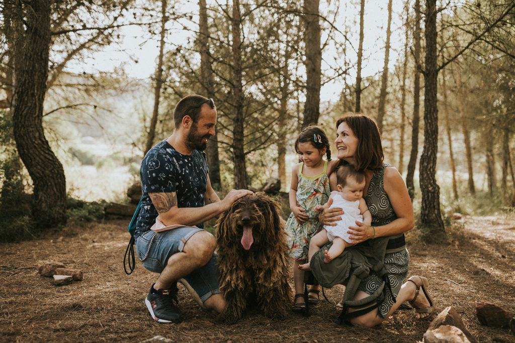 - A family photoshoot into the woods -