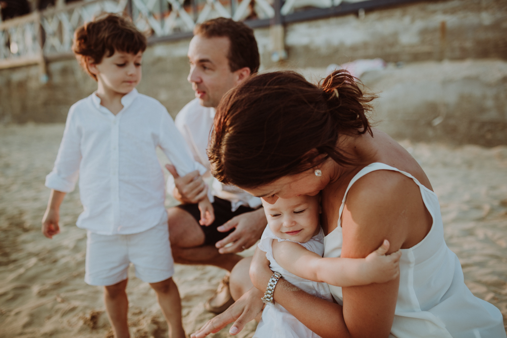 - Family lifestyle photoshoot at the S'Agaró beach -